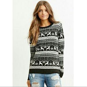 F21 Beautiful black white cozy reindeer sweater